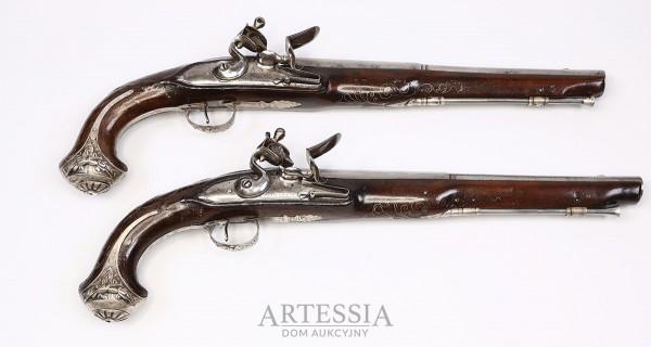 Para pistoletów skałkowych